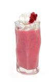 Milkshake z malinką i śmietanką odizolowywającymi Zdjęcie Royalty Free