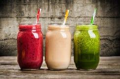 Milkshakes и smoothies стоковые фото