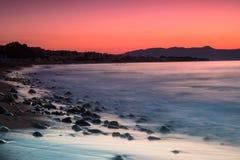 Milky влияние воды на утесах Стоковая Фотография RF