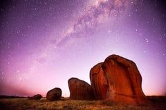 Milky sposób nad Murphy Haystacks Południowy Australia Fotografia Royalty Free