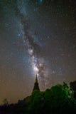 Milky sposób nad pagodą Zdjęcie Royalty Free