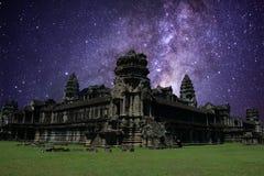 Milky sposób w angkor wacie, siem przeprowadza żniwa, Cambodia Obrazy Royalty Free