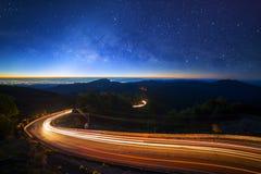 Milky sposobu galaxy z gwiazdami i astronautyczny pył w wszechświacie przy Fotografia Stock