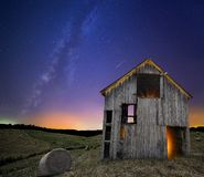 The Milky Way Over A Rustic Barn Royalty Free Stock Photos