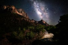 Free Milky Way Over Zion National Park Stock Photos - 150943673