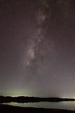 Milkyway над озером Стоковое Фото