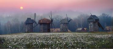 mill, wiatr drewna Obrazy Stock