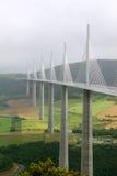 millau viaduct Arkivfoton