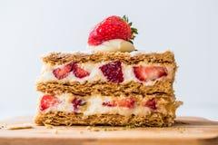 Mille-feuille de souffle de fraise avec la fraise Images stock