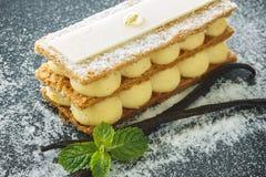 Mille-feuille, sobremesa francesa da baunilha foto de stock royalty free