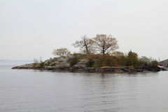 Mille isole nell'area di Kingston Ontario nel giorno nebbioso fotografia stock libera da diritti