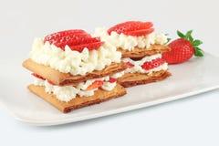 Millefeuille结块用草莓 库存照片