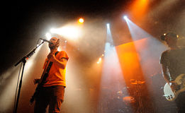 Millencolin (banda de Orebro, de Suecia) se realiza en Apolo el 22 de septiembre de 2011 en Barcelona, España Imágenes de archivo libres de regalías