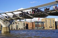 Milleniumbro, London Royaltyfria Foton