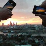 Millennial zonsondergang Stock Foto's