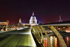 Millennium Bridge & St Paul's Cathedral at night Stock Photos