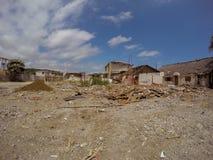 Milliers de bâtiments détruits par le tremblement de terre, Equateur Images stock