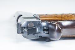 11 Millimeter. Schwarze Pistole und Munition Lizenzfreie Stockbilder