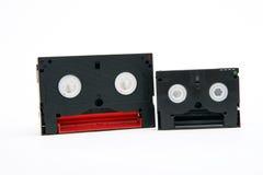 8 Millimeter- und Minutendv Videokassette Stockfoto