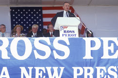 Millionaire businessman and Presidential candidate Ross Perot speaks at a petition drive in Orange County California. 1992 Stock Images