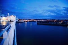 Millivolt Armorique der späteste Zusatz zu Brittany Ferries ' Flotte, Millivolt Armorique, das in Plymouth ankommt Lizenzfreie Stockfotos