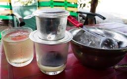 Millk tradicional vietnamiano do café da bebida imagens de stock royalty free
