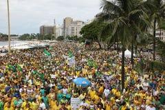 Millones de brasileños piden la acusación de Dilma Rousseff Foto de archivo libre de regalías