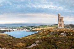 Milners-Turm und Hafen Erin-Bucht Stockbilder