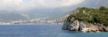 Milocer Budva Riviera, Montenegro Strand för drottning` s och parkera Royaltyfri Fotografi