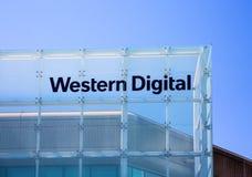 Milpitas, CA, de V.S. - 21 Mei, 2018: De bouw van een Western Digital-Bedrijfsbureau WDC Stock Afbeeldingen