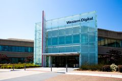 Milpitas, CA, los E.E.U.U. - 21 de mayo de 2018: Edificio de una oficina de la sociedad de Western Digital WDC Imagenes de archivo