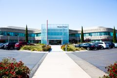 Milpitas CA, USA - Maj 21, 2018: Byggnad av ett Western Digital korporationskontor WDC royaltyfria bilder