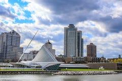 Free Milwaukee Art Museum At Lake Michigan Royalty Free Stock Photo - 174133135