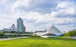 Free Milwaukee Art Museum,milwaukee,wi,usa, 8-9-17: Milwaukee Art Mus Stock Images - 120155074