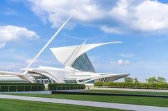 Free Milwaukee Art Museum,milwaukee,wi,usa, 8-9-17: Milwaukee Art Museum With Blue Sky Background Stock Photo - 182196740