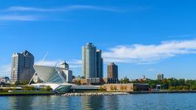 Milwaukee Wisconsin auf einem Sunny Day Time-Versehen stock video