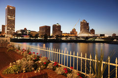 Milwaukee, Wisconsin, USA. Skyline at sunset Stock Photo