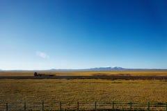 Mimalistic berglandskap Royaltyfri Foto
