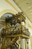 Mimbar мечети положения Abu Bakar султана в Джохоре Bharu, Малайзии стоковое фото