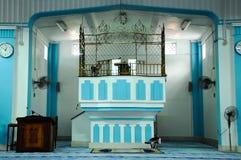 Mimbar de Masjid Jamek Dato Bentara Luar em Batu Pahat, Johor, Malásia Fotografia de Stock Royalty Free