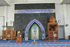 Mimbar y mihrab de la mezquita de KIPSAS en Pahang Fotografía de archivo libre de regalías