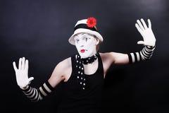 mime шлема цветка белизна смешного красная Стоковое фото RF