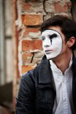 Mime guy reads his book Royalty Free Stock Photos