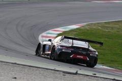 12 minérios Hankook Mugello 18 de março de 2017: ESPORTE que COMPETE, Mercedes AMG GT3 de #17 IDEC Imagem de Stock Royalty Free