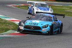 12 minérios Hankook Mugello 18 de março de 2017: Motorsport de #25 HTP, Mercedes AMG GT3 Imagens de Stock