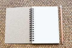 min anteckningsbok Fotografering för Bildbyråer