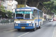 113 Min Buri - Hua Lamphong blue  bus car Royalty Free Stock Photography
