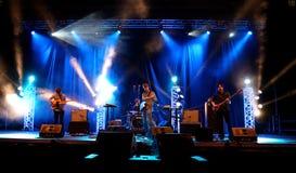 Min ledsna show för levande musik för kaptener (musikband) på den Bime festivalen Arkivfoton