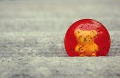 Min röda boll royaltyfri foto