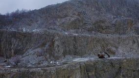 Mina aérea de la piedra caliza almacen de video